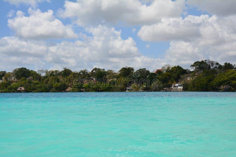 Lagune de Bacalar dans Quintana Roo Mexique photo stock