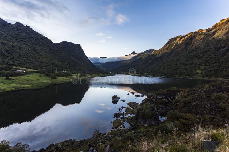 Lagune de Papallacta photo libre de droits