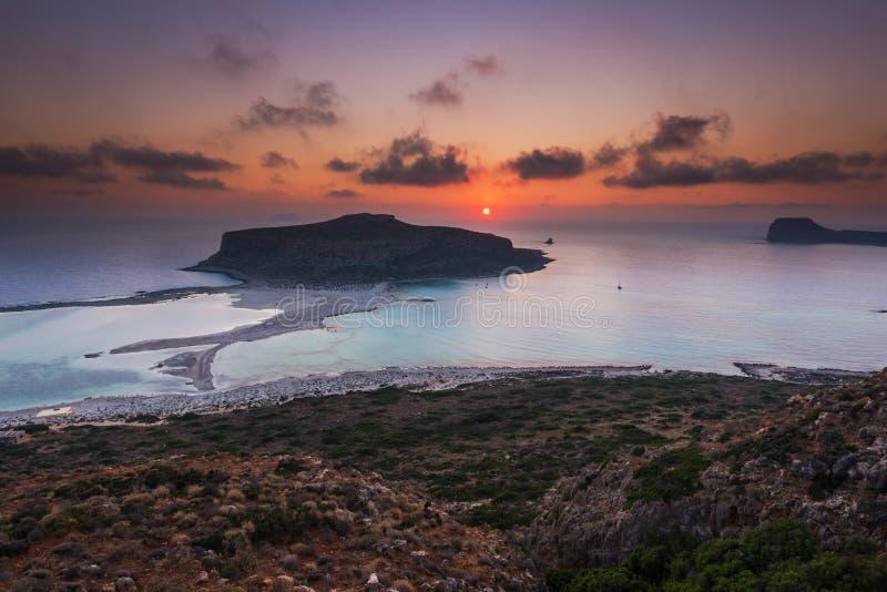 Lagune de plage de Balos en Crète au coucher du soleil photographie stock libre de droits