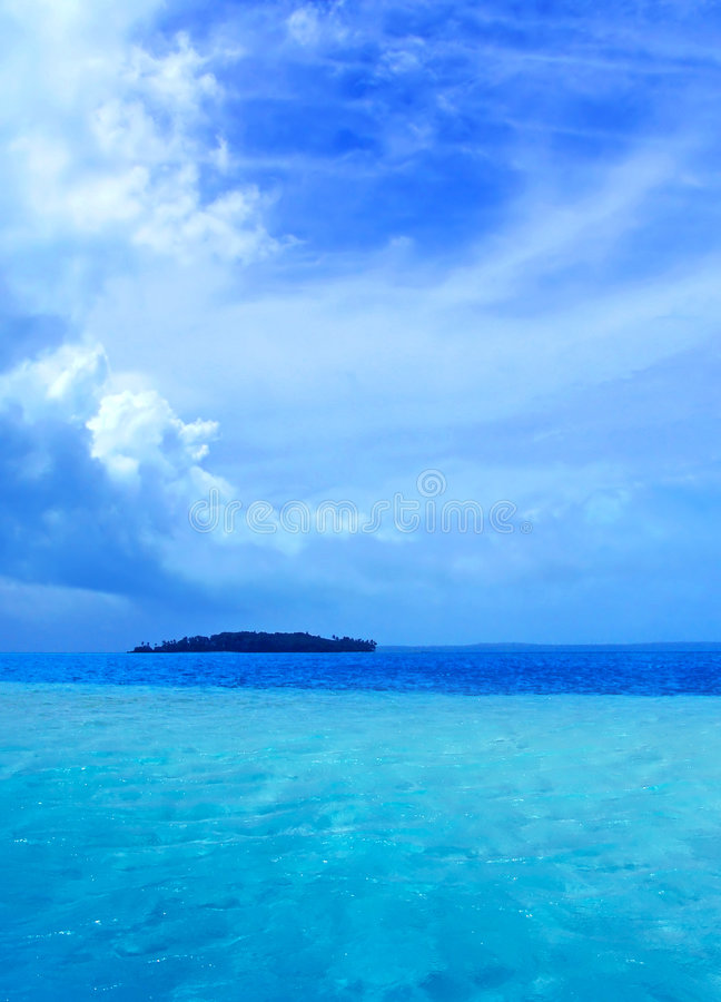 Download Lagune tropicale image stock. Image du nature, lagune, chaud - 727843