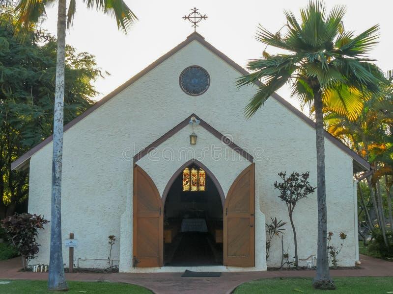 LAHAINA, ESTADOS UNIDOS DA AMÉRICA - 7 DE JANEIRO DE 2015: tiro exterior da igreja santamente dos innocents no lahaina fotos de stock