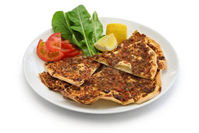 Lahmacun, pizza triturada turca da carne fotografia de stock