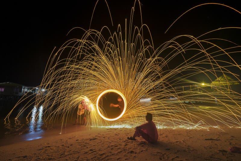 Laine en acier de brûlure photographie stock libre de droits