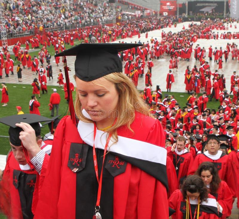 Laissant la durée d'université derrière photos stock