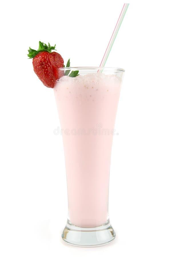 Lait de poule frais de fraise image stock