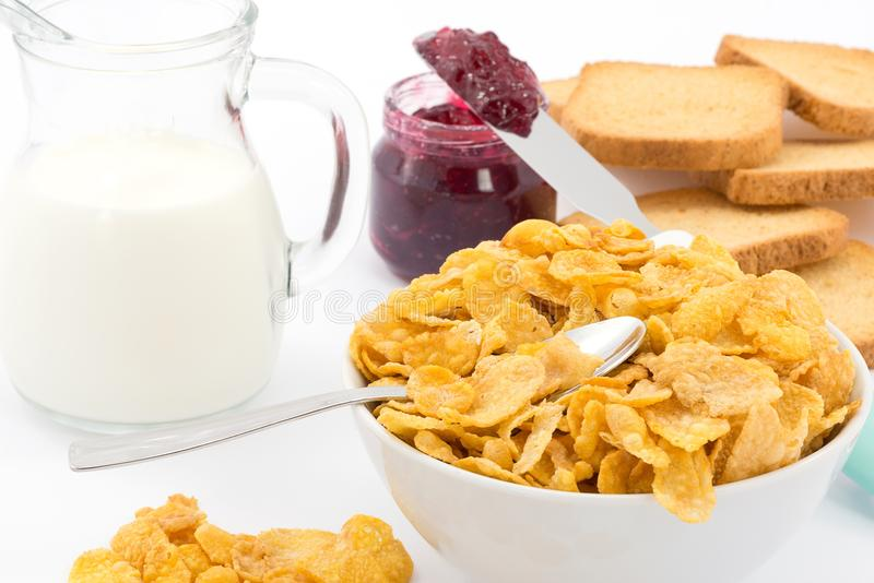 Lait et cornflakes photo stock