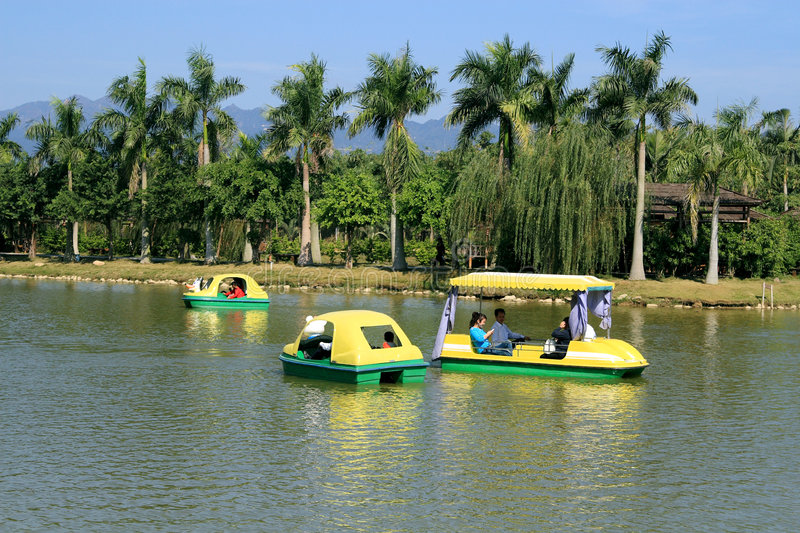 Download Lake stock photo. Image of holidays, plants, family, china - 7228190