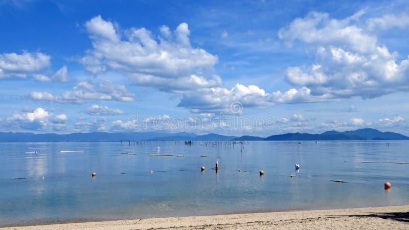 Lake Biwa i Japan royaltyfri fotografi