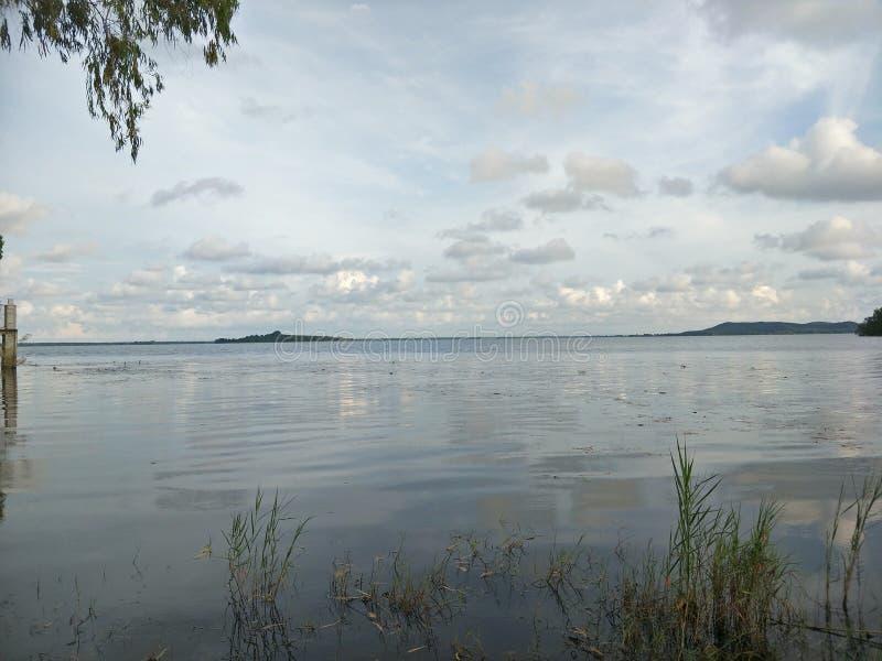 Lake i aftonen arkivfoton