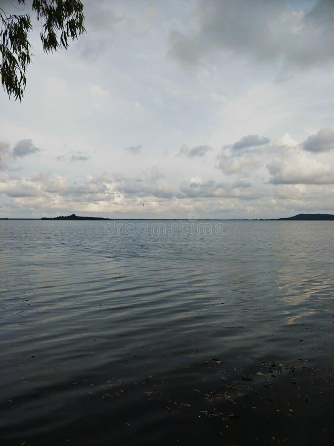 Lake i aftonen royaltyfria bilder