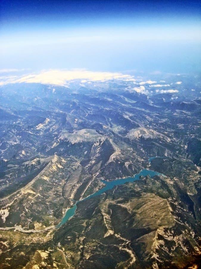 Lake Lac de Castillon - visión aérea foto de archivo