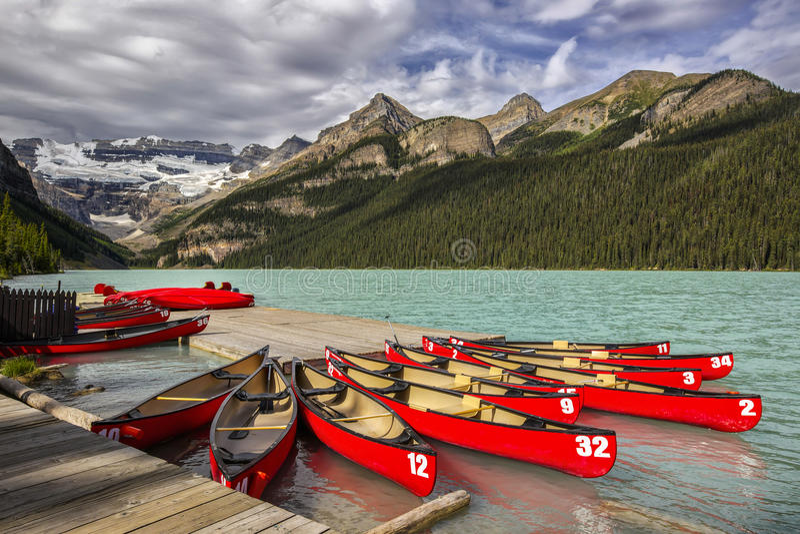 Lake Louise стоковая фотография