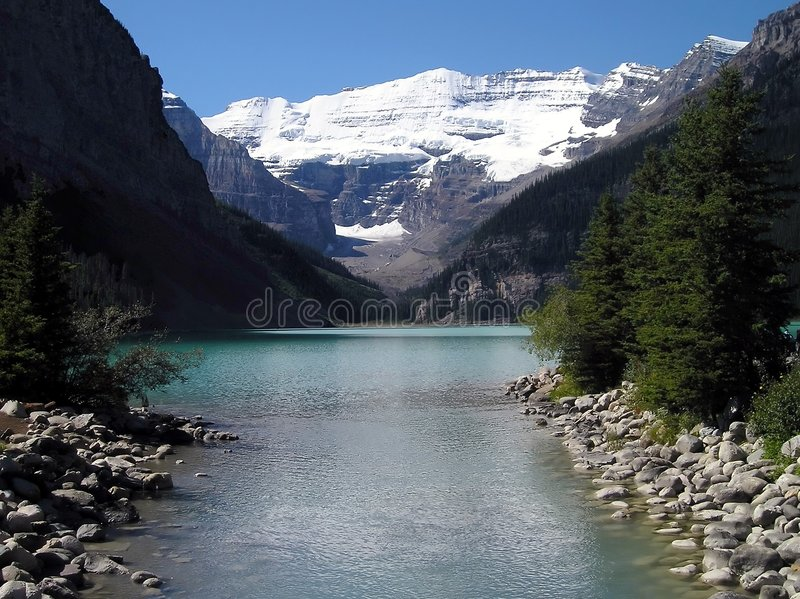 Download Lake Louise image stock. Image du canada, louise, arbres - 744801