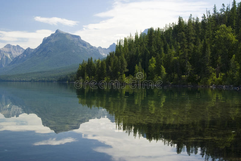 lake mcdonald royaltyfri fotografi