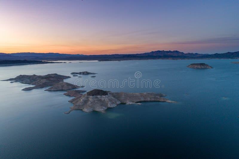 Lake Mead in Nevada Großes Boulder und kleinere Boulder-Inseln, Felsen-Insel lizenzfreie stockfotos