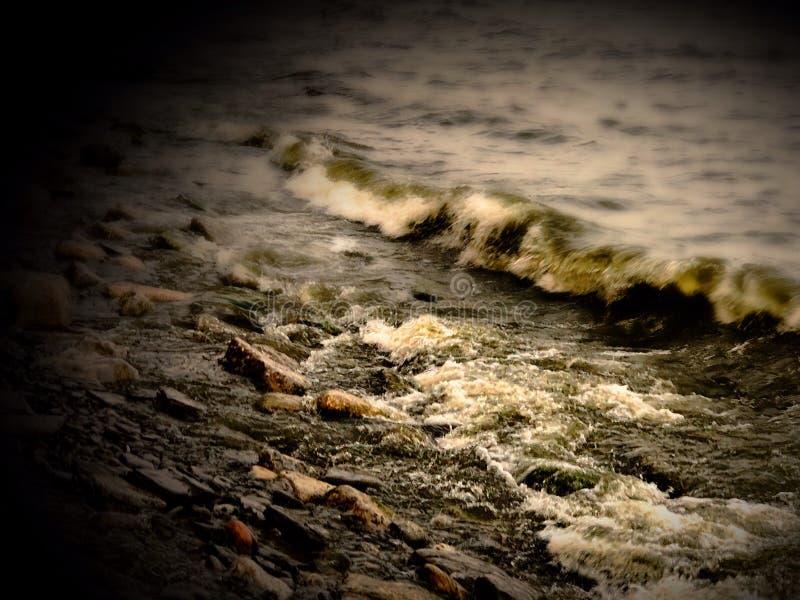 Lake Ontario vågor fotografering för bildbyråer