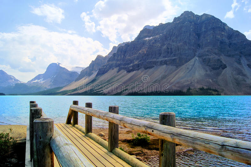 Download Lake Scene In The Canadian Rockies Stock Image - Image: 28757877