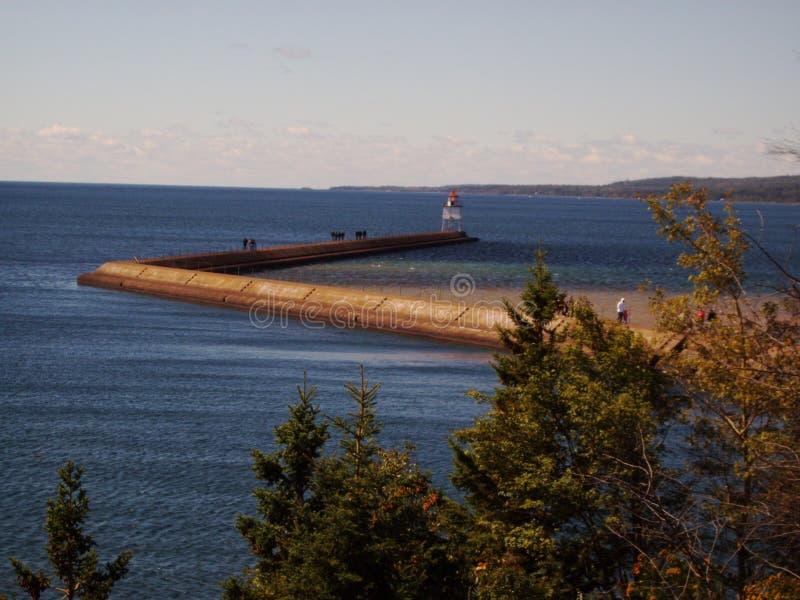 Lake Superior fyrgångbana royaltyfri fotografi