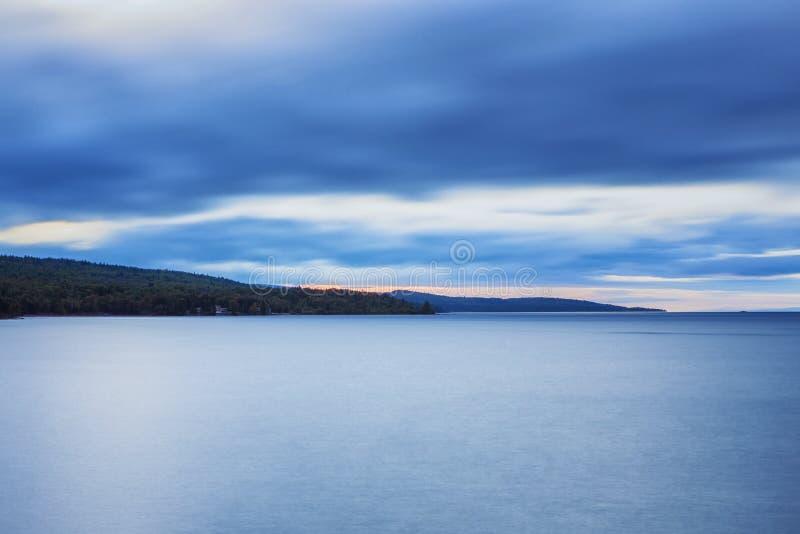 Lake Superior Shoreline arkivbild