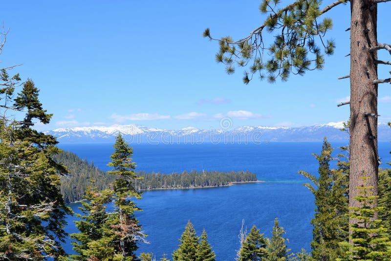 Lake Tahoe Kalifornien härlig sjösikt royaltyfria bilder