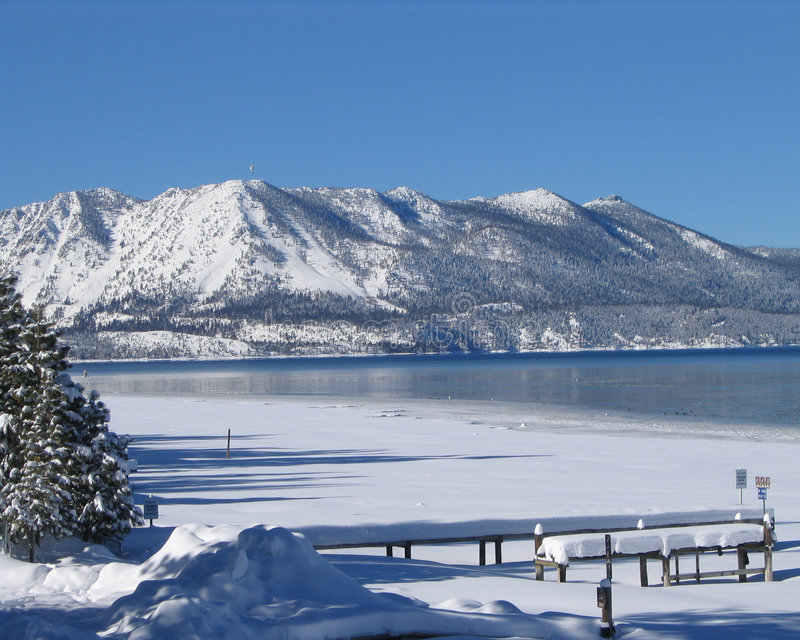 Lake Tahoe no inverno 1 imagem de stock royalty free
