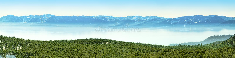 Lake Tahoe panorama royaltyfri fotografi