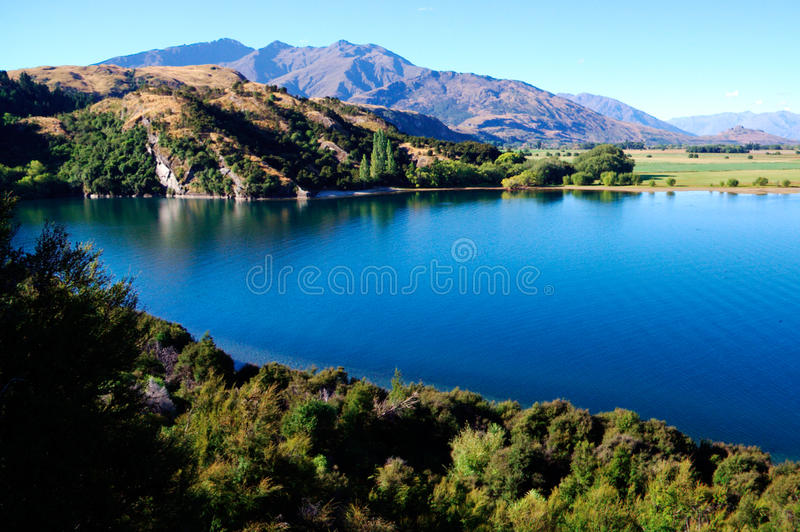Download Lake Wanake in the evening stock photo. Image of mountain - 10933720