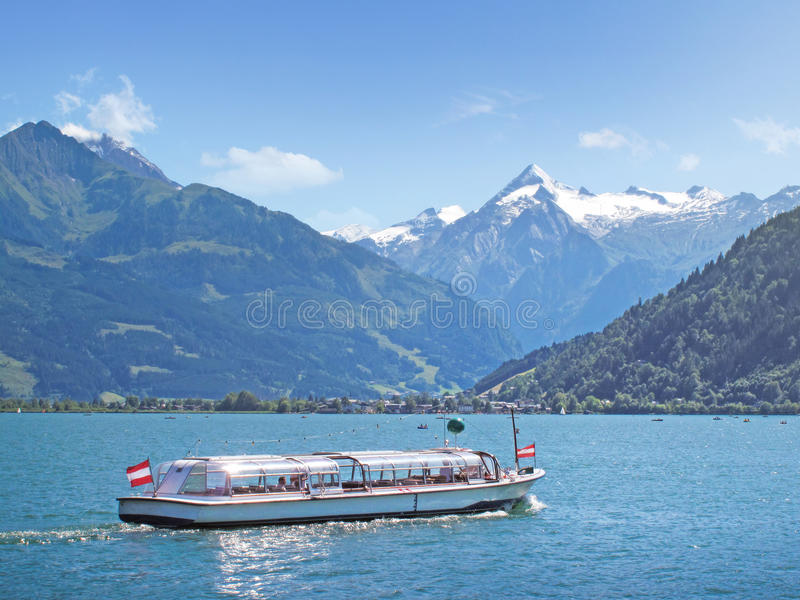 Lake Zell with Kitzsteinhorn, Zell am See, Austria stock photography