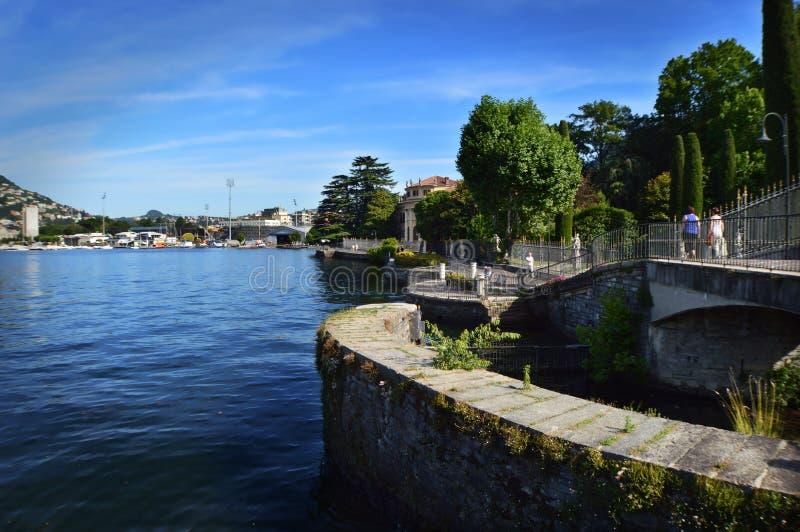 Lakefront av Como sjön arkivbilder
