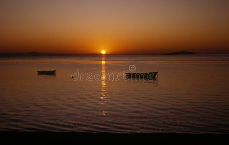 lakemalawi solnedgång royaltyfria bilder