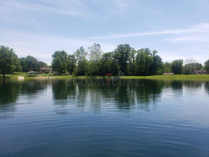 lakeside photos libres de droits