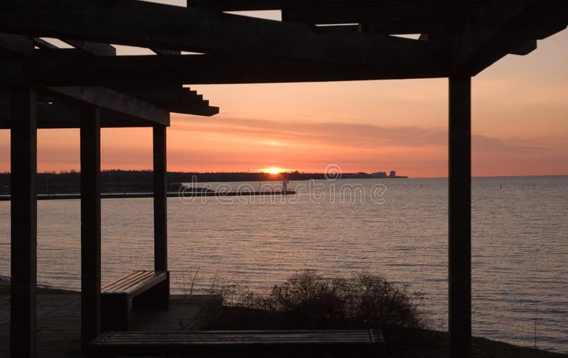 Lakeview-Sonnenaufgang lizenzfreies stockbild