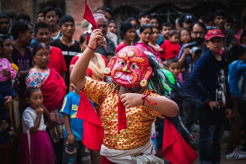 Lakhey舞蹈在加德满都尼泊尔,面具舞蹈 免版税库存照片