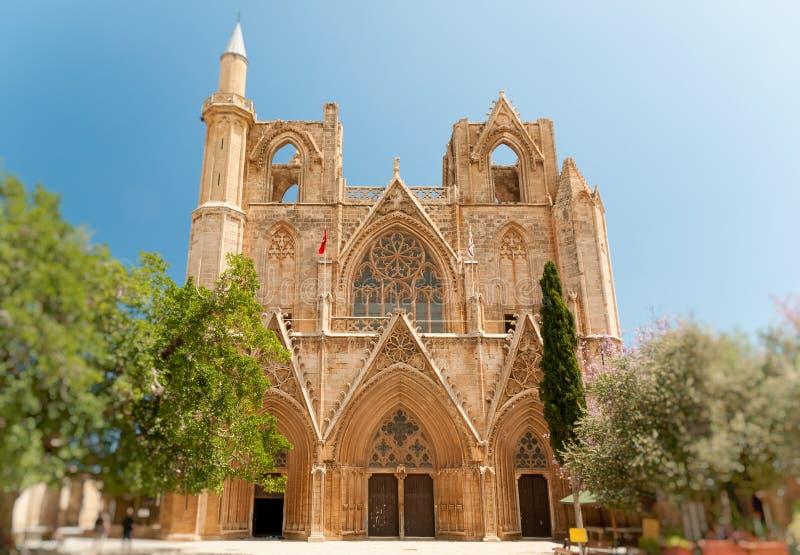 Lala穆斯塔法巴夏清真寺(以前圣尼古拉斯大教堂),法马古斯塔,北赛普勒斯土耳其共和国 免版税图库摄影