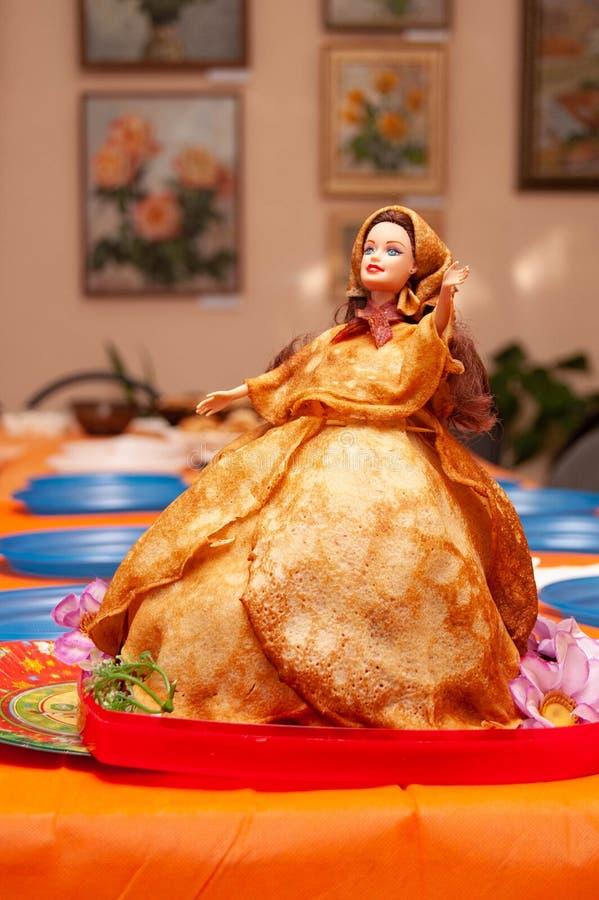 Lala bliny dla Rosyjskiego święta narodowego Maslenitsa zdjęcie royalty free