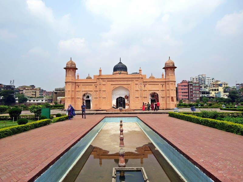 Lalbagh fort i den gamla staden Dhaka, Bangladesh royaltyfri bild