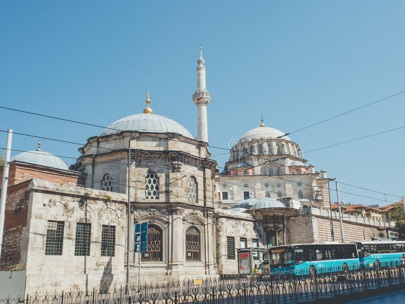 Laleli Camii in Zeytinburnu stock fotografie