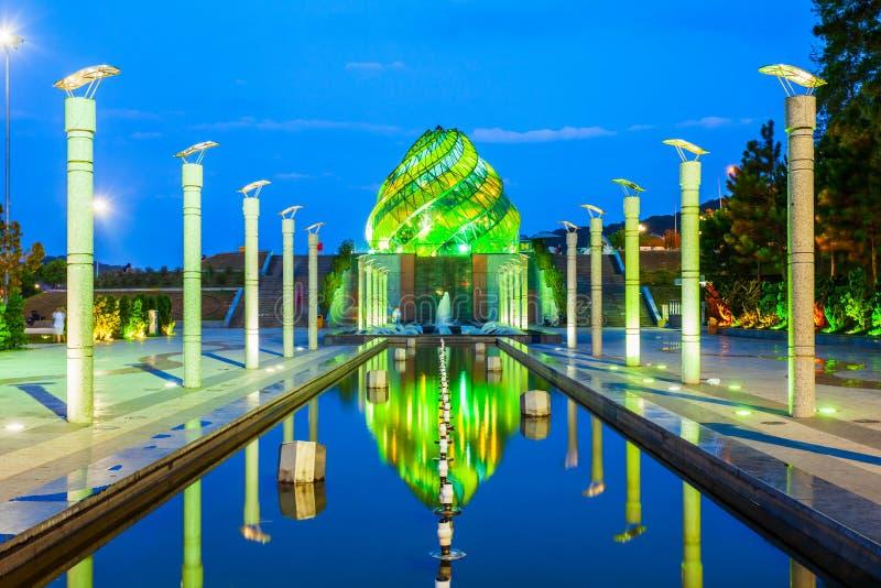 Lam Vien Square i Dalat royaltyfria foton