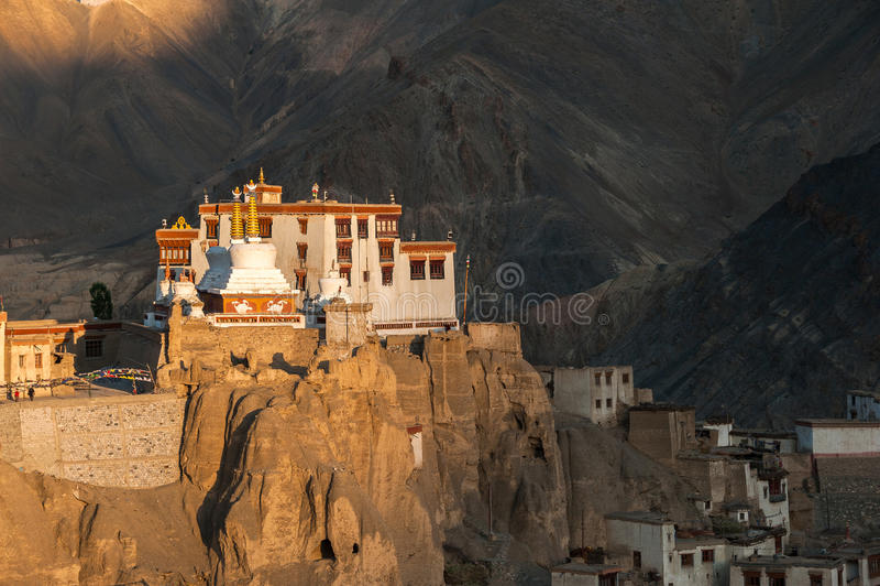 Lamayuru или Yuru Gompa, район Kargil, западное Ladakh, Индия стоковая фотография rf