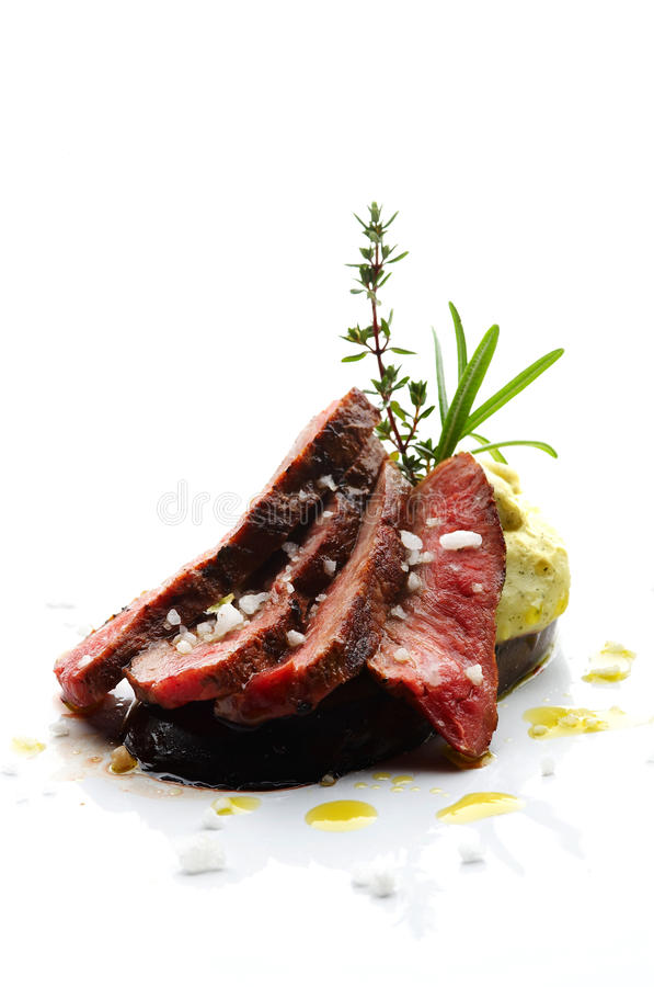 lamb skivad steak arkivfoton