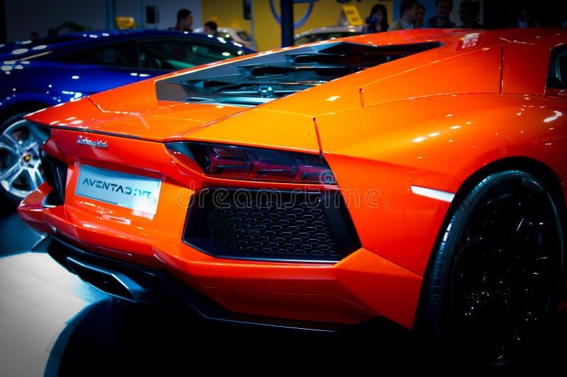 Lamborghini arancione Aventador LP700-4 immagini stock libere da diritti