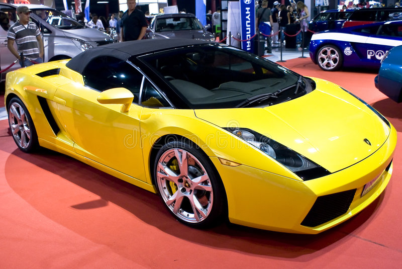 Lamborghini em MPH - vista dianteira imagens de stock royalty free