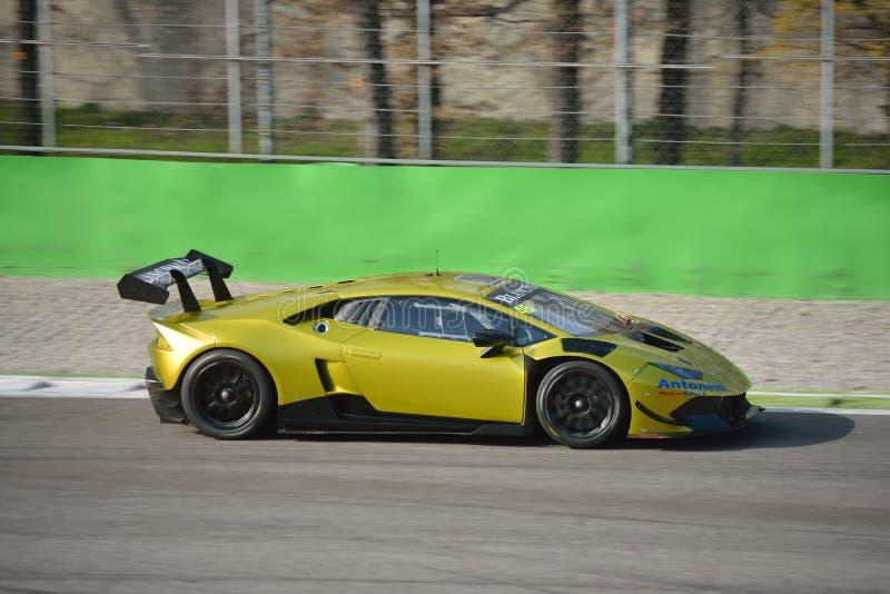 Lamborghini Huracà ¡ n超级Trofeo 2016年在蒙扎 免版税库存照片