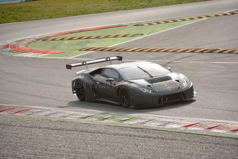 Lamborghini Huracà ¡ n GT3 2016测试在蒙扎 库存照片