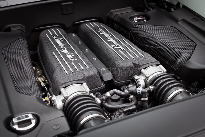Lamborghini LP560-4超级发动机 库存图片