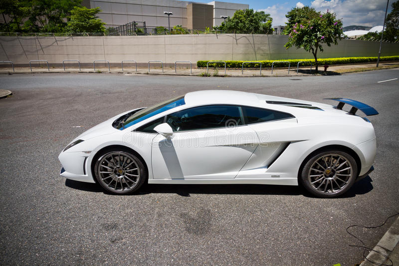 Lamborghini LP560-2超级汽车2013模型 免版税库存照片