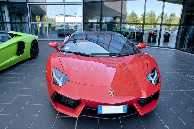 Lamborghini rouge image libre de droits