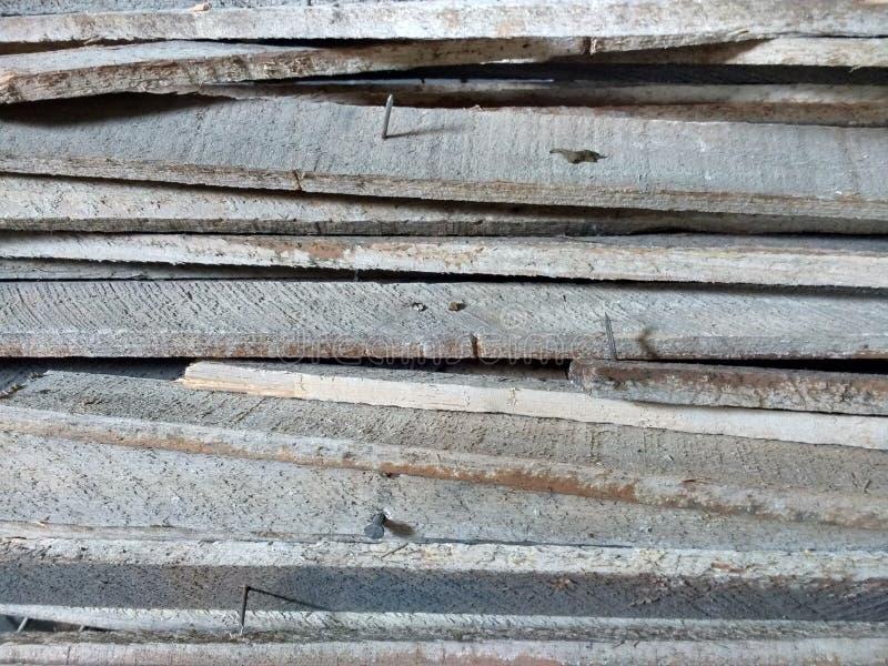 Lamelles en bois, démolition à la maison de rénovation photographie stock libre de droits