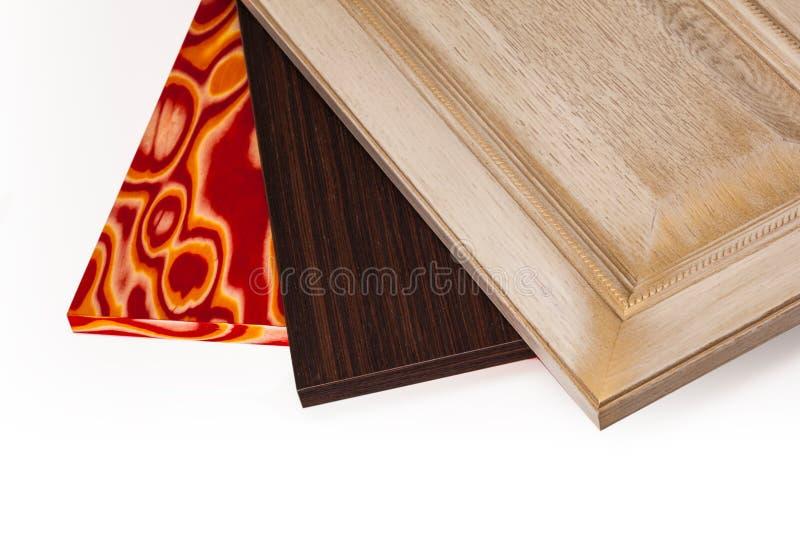 Lamellierte Spanplattenspanplatte wird in den Möbeln ind benutzt stockbild