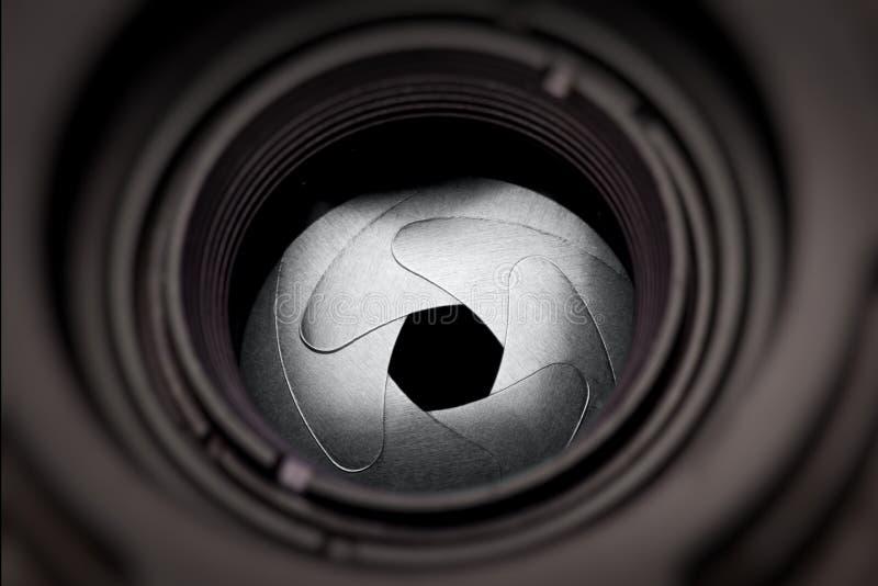 Lames d'ouverture de lentille photos stock